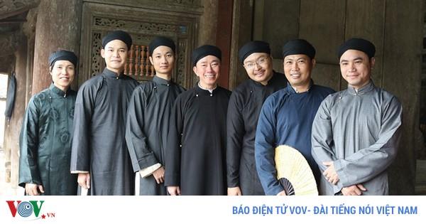 Áo dài cách tân nam - Trang phục truyền thống trong thời hiện đại